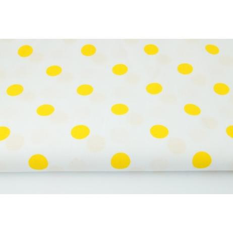 Bawełna 100% żółte kropki 17mm na białym tle