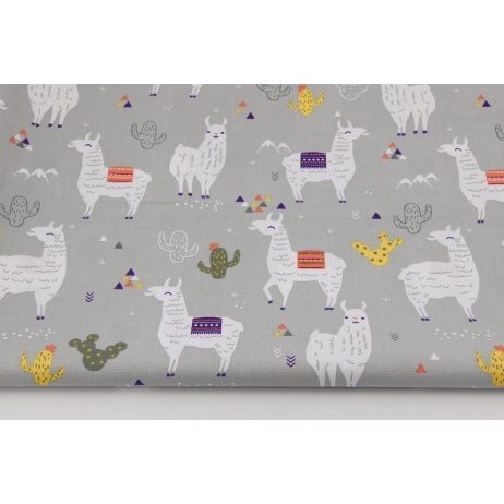 Cotton 100% llamas on a gray background