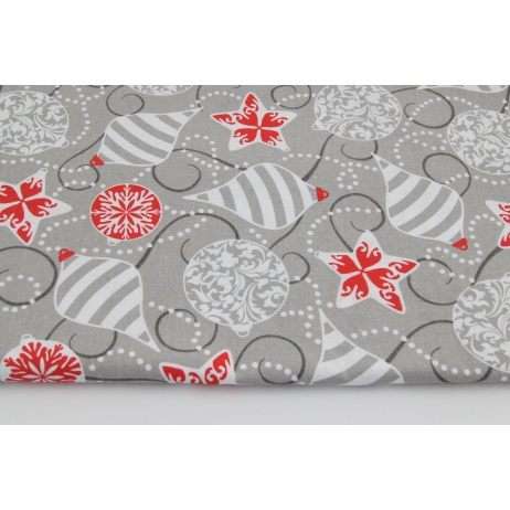 Cotton 100% Christmas balls on a gray background