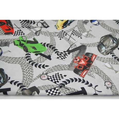 Bawełna 100% sportowe auta, puchary na jasnoszarym tle.