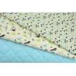 Bawełna 100% turkusowo-szaro-zielone mini trójkąty na kremowym tle