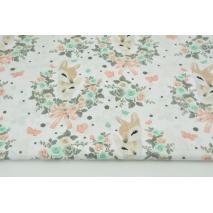 Bawełna 100% sarenki w różanym ornamencie na białym tle