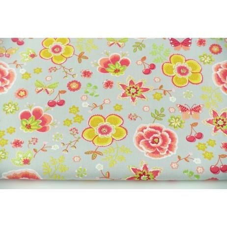 Bawełna 100% kolorowe kwiaty, motylki na szarym tle, popelina