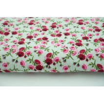 Double gauze 100% roses on a mint background