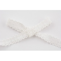 Cotton lace 23mm in a white color