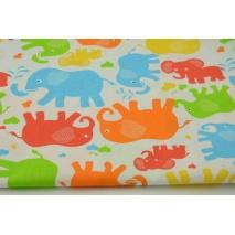 Bawełna 100% kolorowe słonie na białym tle