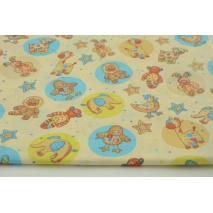 Cotton 100% toys, teddy bears, animals in circles on a cream background