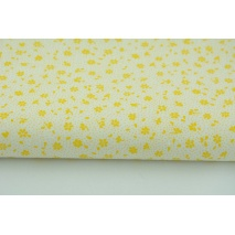 Bawełna 100% żółta łączka na białym tle, drobne kwiatki