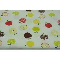 Bawełna 100% kolorowe jabłka na białym tle
