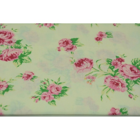 Cotton 100% roses on a cream background