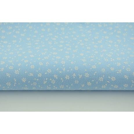 Bawełna 100% biała łączka na niebieskim tle, drobne kwiatki