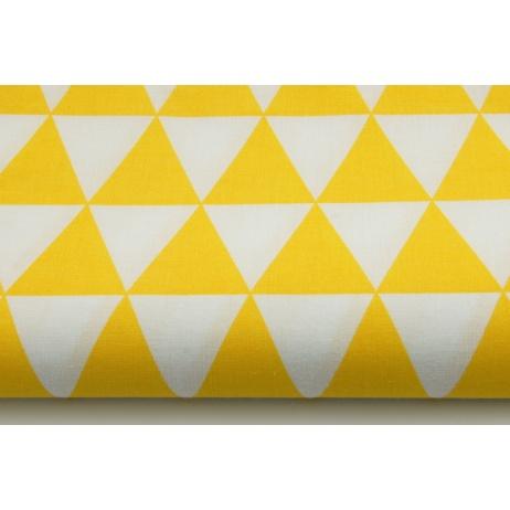 Bawełna 100% w żółte trójkąty na białym tle