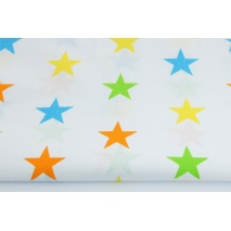 Bawełna 100% kolorowe gwiazdy 4cm na białym tle