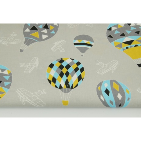 Cotton 100% balloons on a light gray background