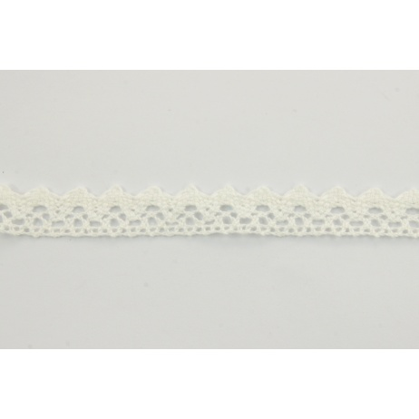 Cotton lace 15mm in an ecru color
